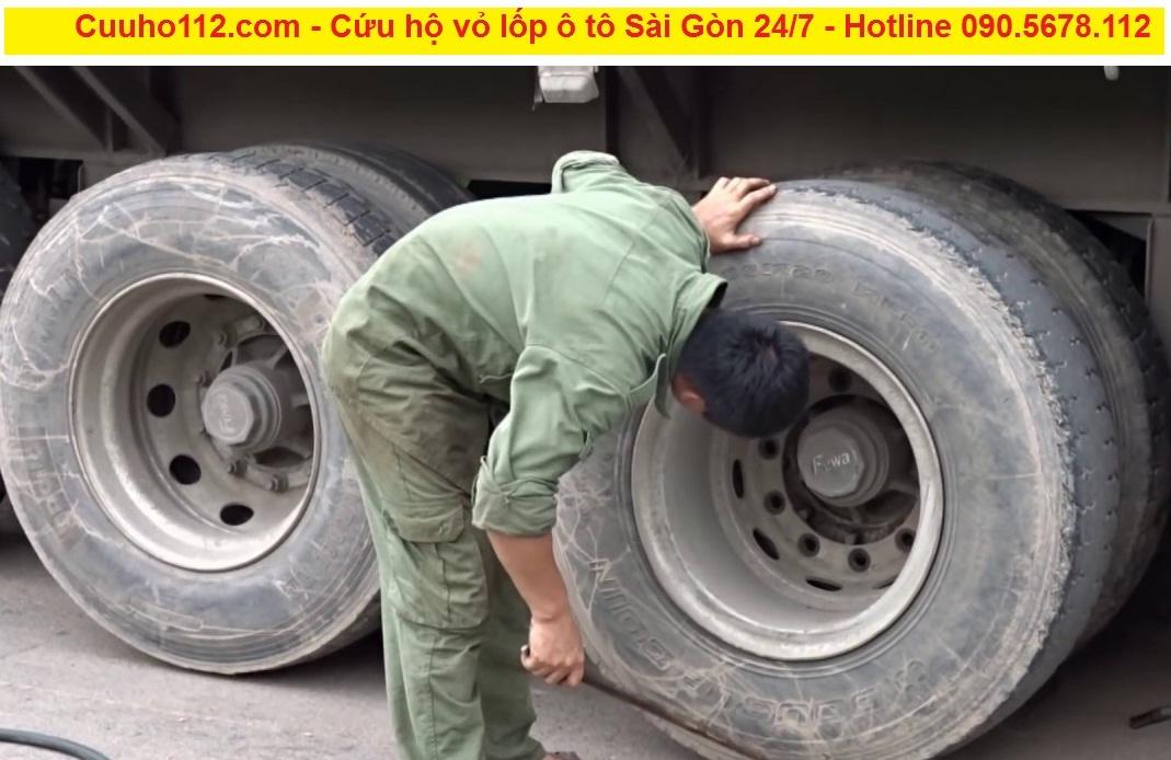 Cứu hộ vỏ lốp ô tô Sài Gòn